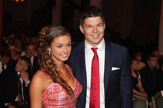 Tomáš Hertl se pochlubil krásnou přítelkyní Anetou.