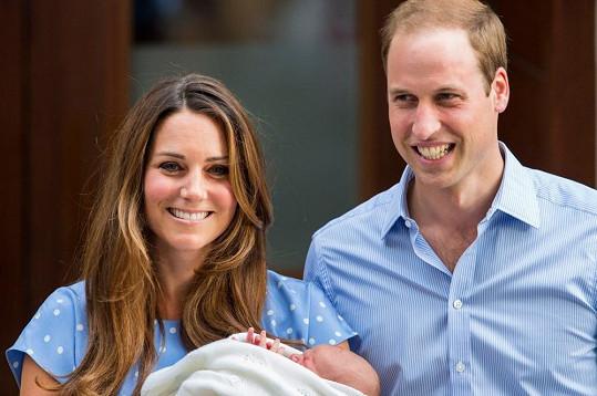 Šťastní rodiče poprvé ukázali veřejnosti malého prince.