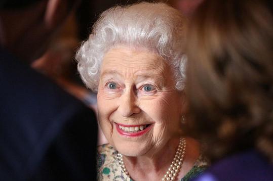 Královna byla samý úsměv.