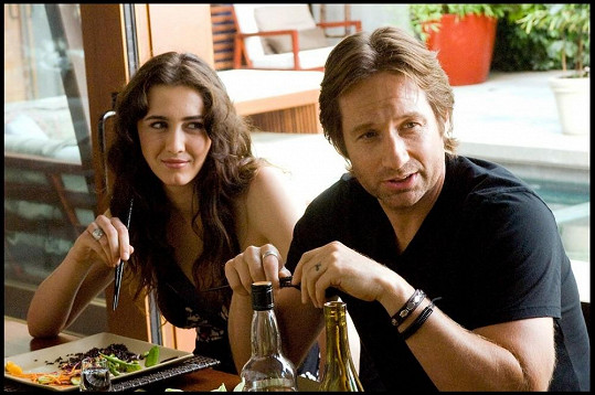 Madeline s Davidem Duchovnym v seriálu Californication