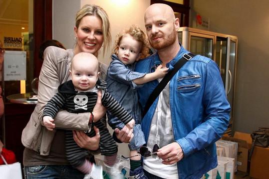 Simona a její kluci. Tohle je fashion rodinka.
