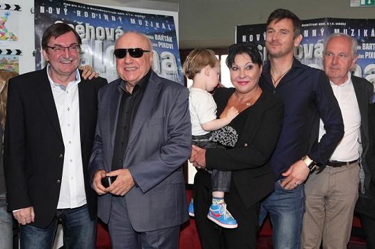 Lumír s hlavní představitelkou muzikálu Dádou Patrasovou