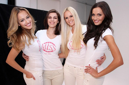 Renata, Katka, Lucie a Eliška jsou rok od roku krásnější.