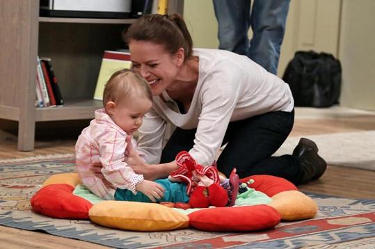 Herečka si oblíbila svou seriálovou dcerku.