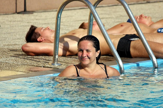 Renata Abtová vypadá spokojeně.