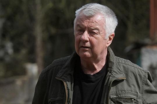 Ladislav Potměšil podstoupil operaci páteře.