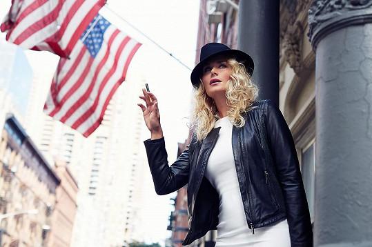 S americkou vlajkou