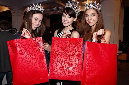 České Miss dostaly roční členství ve fitness klubu.