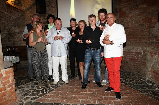 Premiéry se zúčastnili Ivetini kamarádi.
