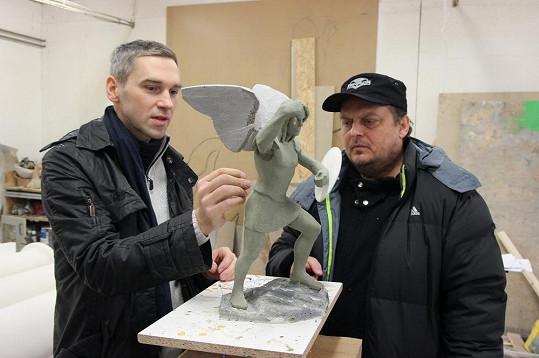 Tahle socha má zpodobňovat archanděla Michaela.