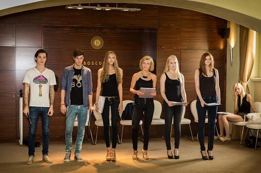 Na pražský týden módy byli vybráni Věra Vávrová, Šimon Kotyk a Petr Řehka.