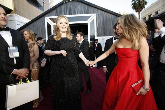 Jennifer a Adele se naposledy sešly na nedávném předávání Oscarů.