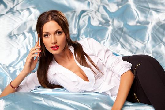 Eliška Bučková patří k nekrásnějším českým modelkám.
