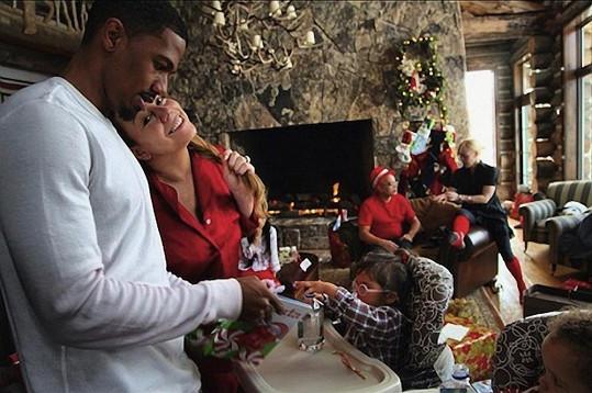 Svátky rodinné pohody: Mariah s manželem Nickem Cannonem.