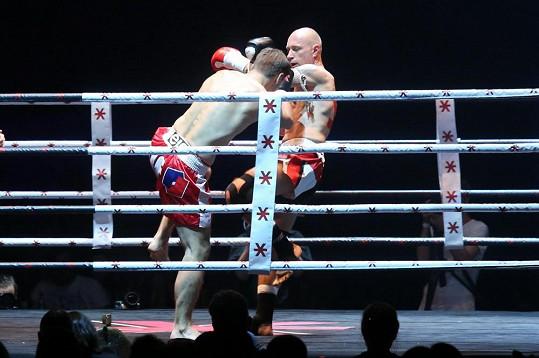 Daniel Landa při zápase v thajském boxu