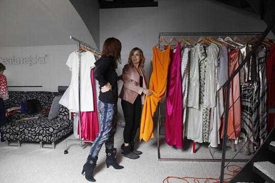 Vondráčková si vybírala šaty z aktuální kolekce Bod vzletu.