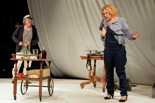 Kamila Magálová se českému publiku představí ve hře Ani za milión.