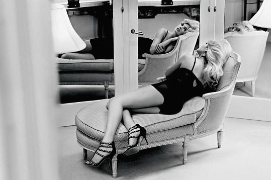 Černobílé snímky nafotil David Lipman.