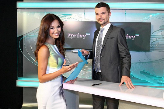 I s Tomášem Drahoňovským (na snímku s Monikou Leovou), který nyní již pracuje na České televizi.