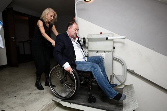 V Divadle Broadway mají plošinu pro vozíčkáře.