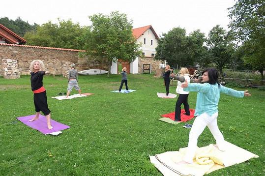 A cvičení jógy