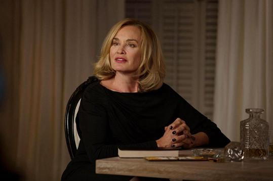 Jessica Lange ve třetí řadě seriálu American Horror Story, který je k vidění na programu Prima Cool.