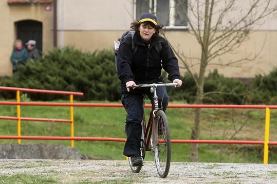 Jitka Smutná si zahraje pošťačku v seriálu Svatby v Benátkách.