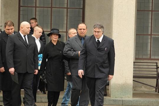 Helenu Rytířovou, která se se svým mužem naposledy rozloučila včera, útok Rejžka rozpálil.