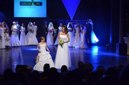 Lucie Králová vypadá jako nevěsta krásně.