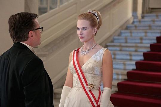 Nicole Kidman vypadá jako kopie Grace Kelly.