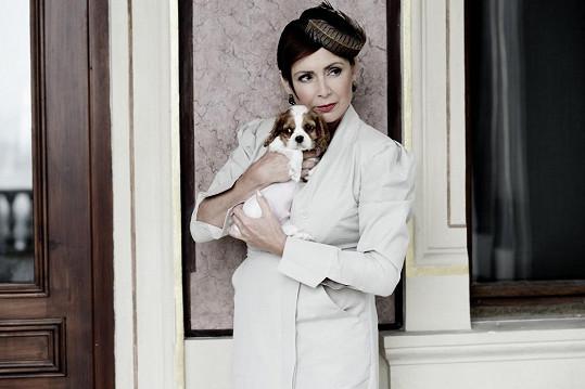Herečka podpořila psí útulky.