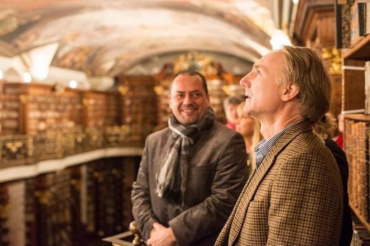 Nejvíce spisovatele uchvátily historické prostory Barokního knihovního sálu.