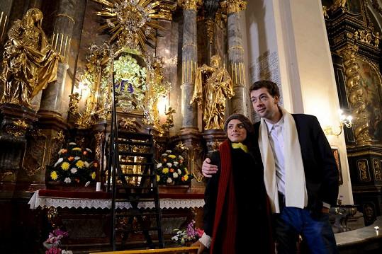 Ve filmu je důležitým prostředím i kostel.