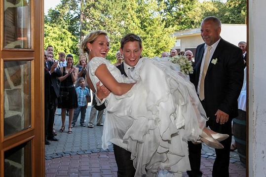 Svatbu manželé tajili pěkně dlouho.