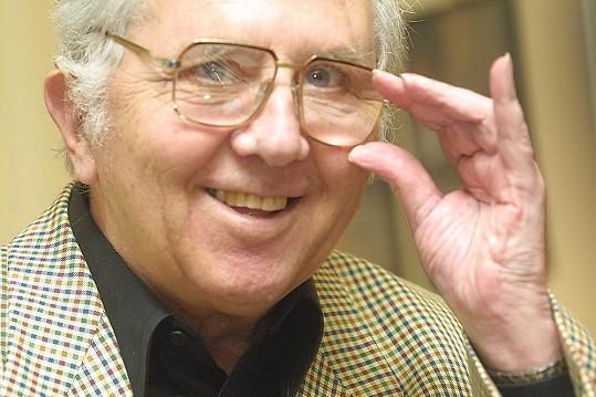 Felix Holzmann rozdával úsměvy svými vtipnými scénkami.