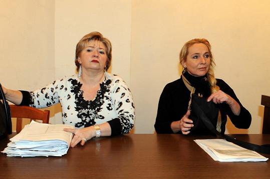 Věra Sedloňová (vlevo) si nenechá nic líbit.