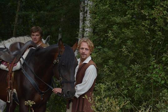 Tomáš Klus a Vojta Dyk budou zářit v hlavních rolích.