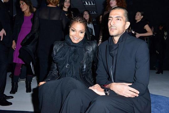Janet a její katarský miliardář obchodující v módním průmyslu.