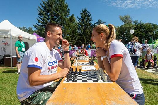 Nejvíc se s Šafářovou bavili během šachové partie.
