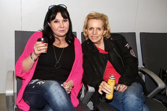 Loni Dagmar Patrasová trávila s Hankou Krampolovou dovolenou.
