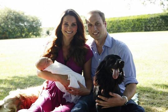 William, Kate, malý George a pejsci Lupo a Tilly