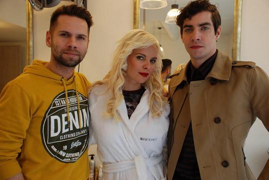 V Norbertově klipu si zahráli Kateřina Kristelová a Ivan Lupták.