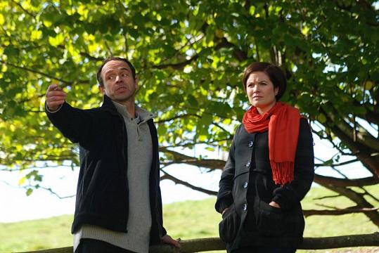 Norisová s kolegou Petrem Formanem, jenž ztvárnil statkáře Pazderu.