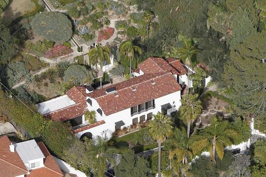 V tomto domě si Robert užíval s Kristen.