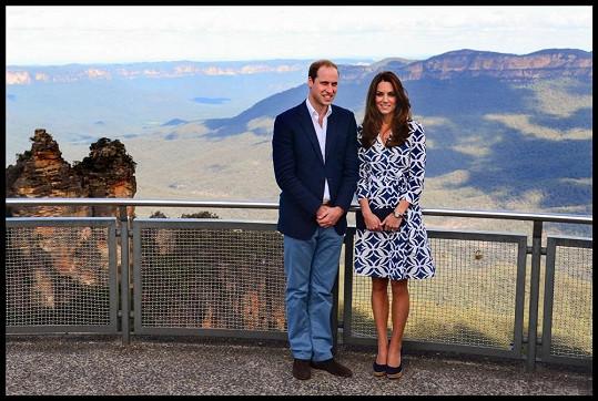 Modré hory a výhled na Tři sestry s Kate a Williamem