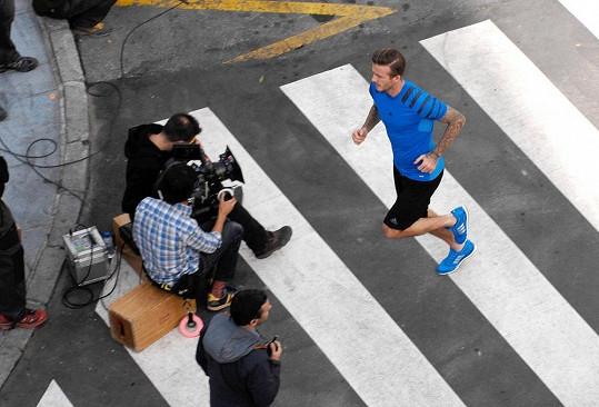 Náplní práce Davida Beckhama byl hlavně běh.