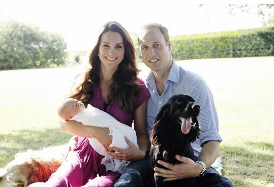 První oficiální snímky rodiny byly pořízeny na zahradě domu Katiných rodičů.