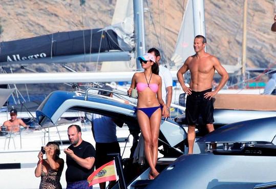 Ruský miliardář Doronin s modelkou Luo Zilin.