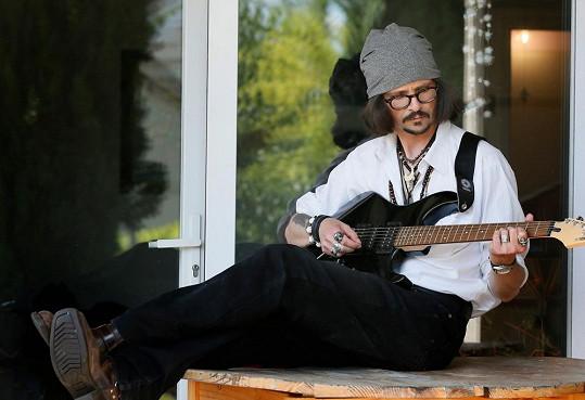 Stephane se stejně jako herec věnuje i hudbě.