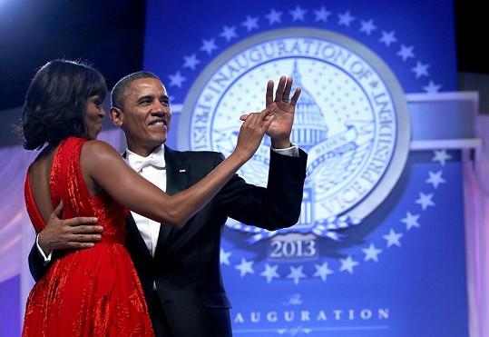 Romantický tanec včetně zamilovaných gest nesměl chybět.